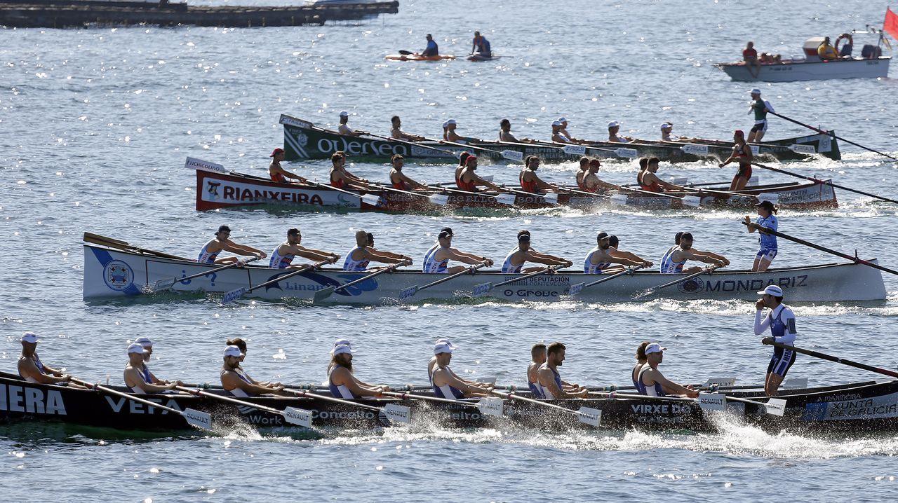 La liga gallega arrancó en aguas de Cabo de Cruz