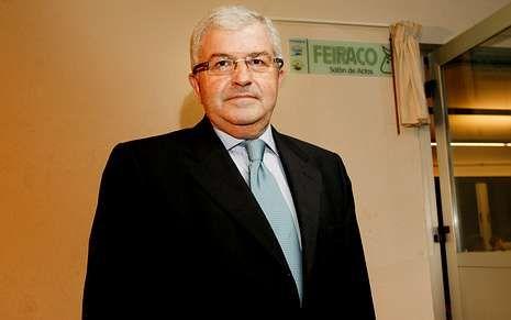 José Luis Antuña es partidario de olos contratos lácteos.