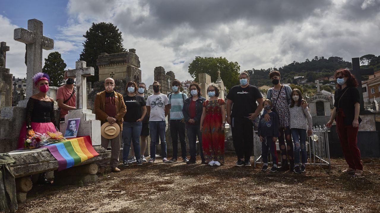 Marcha del Ogullo en A Coruña.Marcos Fernández y Alexander Docherty en la marcha