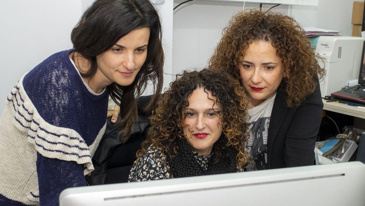Patricia, Eva Iglesias y Belén Gómez, que organizan la carrera para recaudar fondos contra el cáncer de páncreas