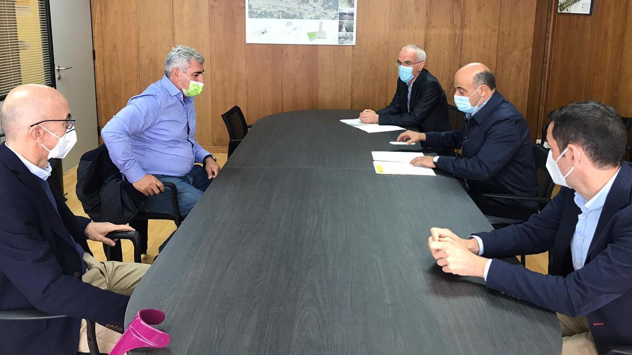 Reunión de la Confederacion Hidrográfica con los directivos del Club Fluvial