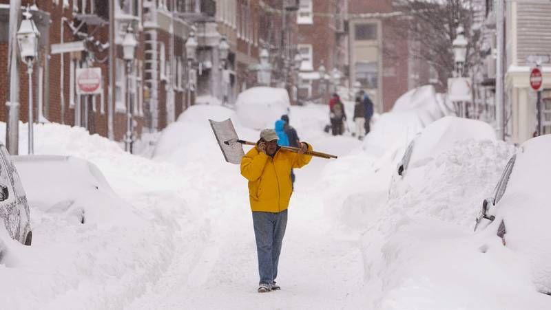 La nieve cubre la costa este de Estados Unidos.El programa se puso en marcha en un parque de la ciudad.