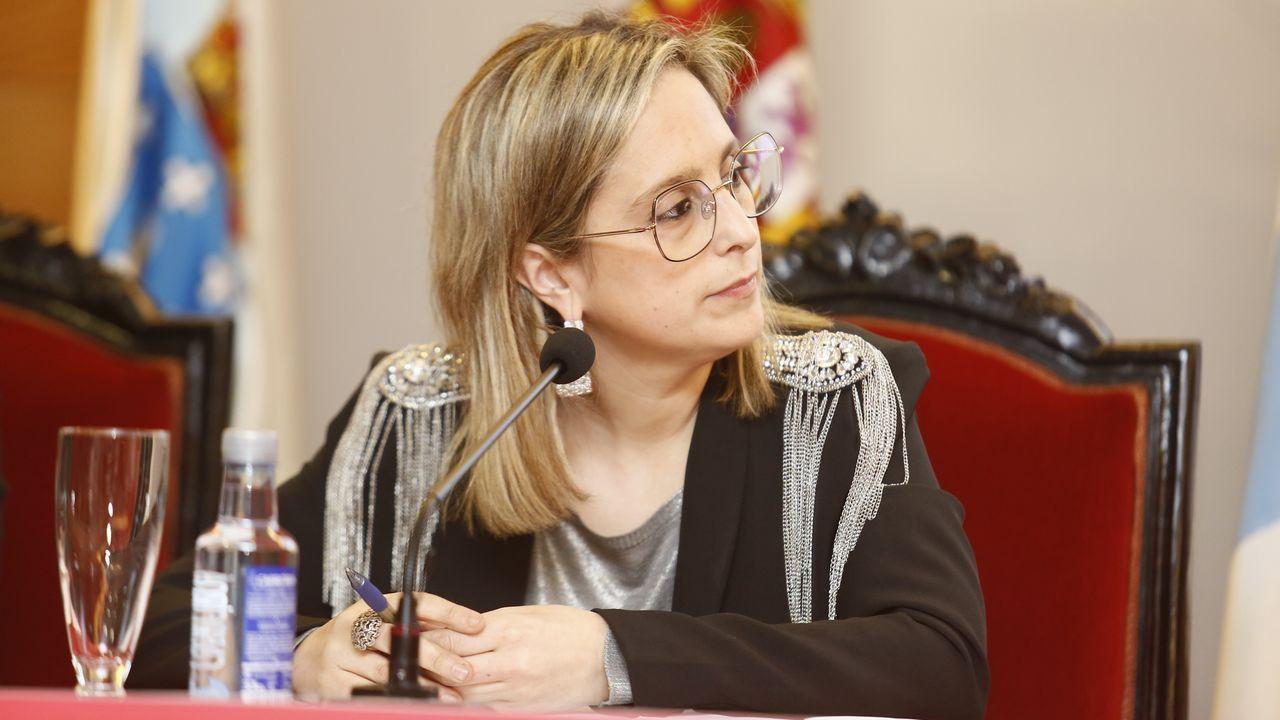 Concentraciones por el 8M por todo Asturias.Maria Loureiro, alcaldesa socialista de Viveiro