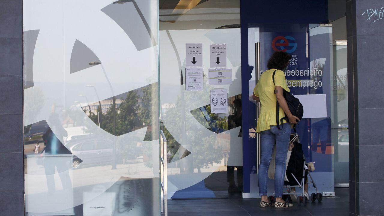 Los famosos que se van de España parapagar menos impuestos.Fachada de una de las tiendas de Perfumerías Arenal en Lugo