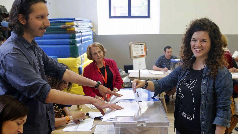 «Fuera fartones», en imágenes.Una reunión del consejo ciudadano de Podemos Asturies
