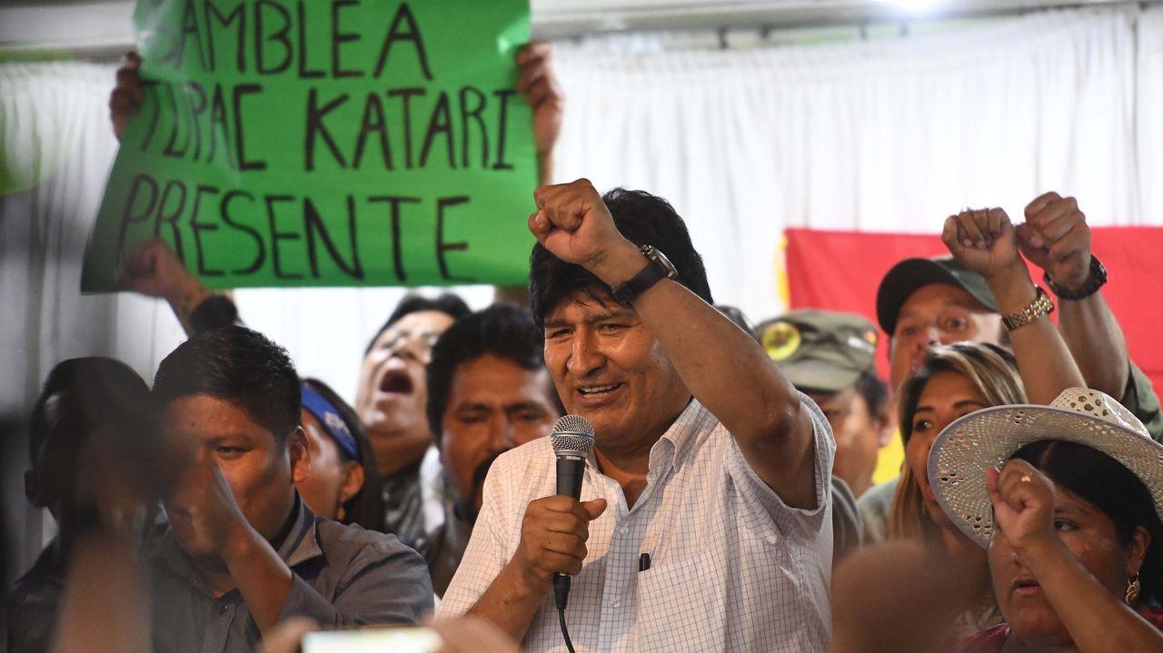 «Eu non son moi de cine, e de televisión menos. Radio si».Evo Morales presentó a sus candidatos tras una reunión de su partido en Buenos Aires