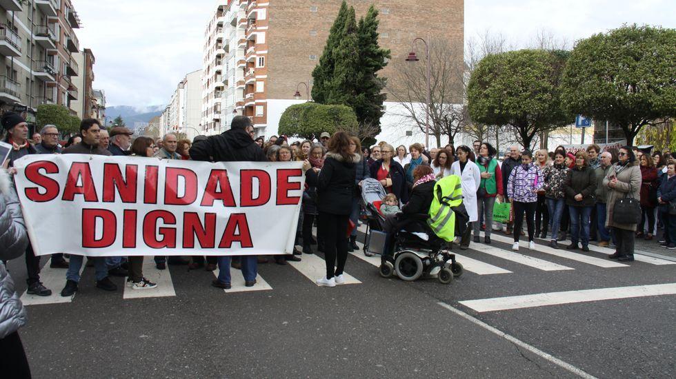 En O Barco hubo una concentración de apoyo a Verín