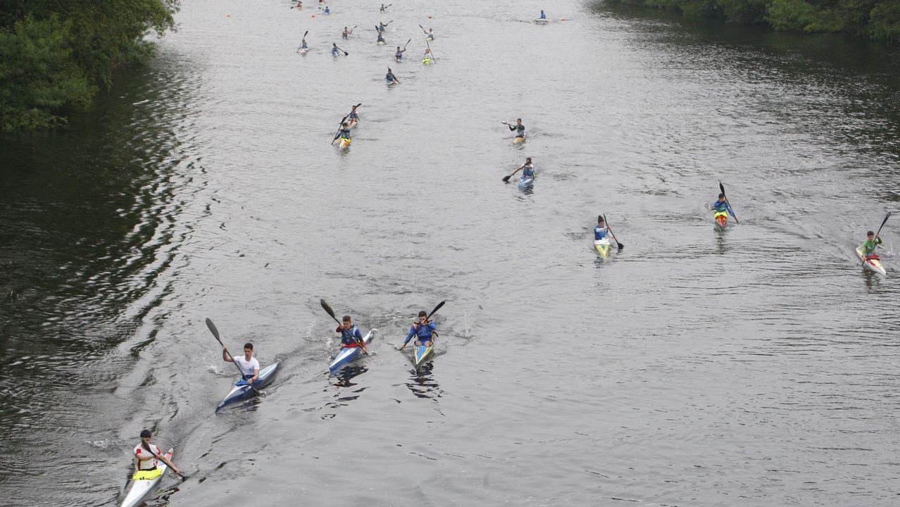 Rafa vuelve a las pistas.Imágenes de una regata de piraguismo en el Miño en mayo del 2016