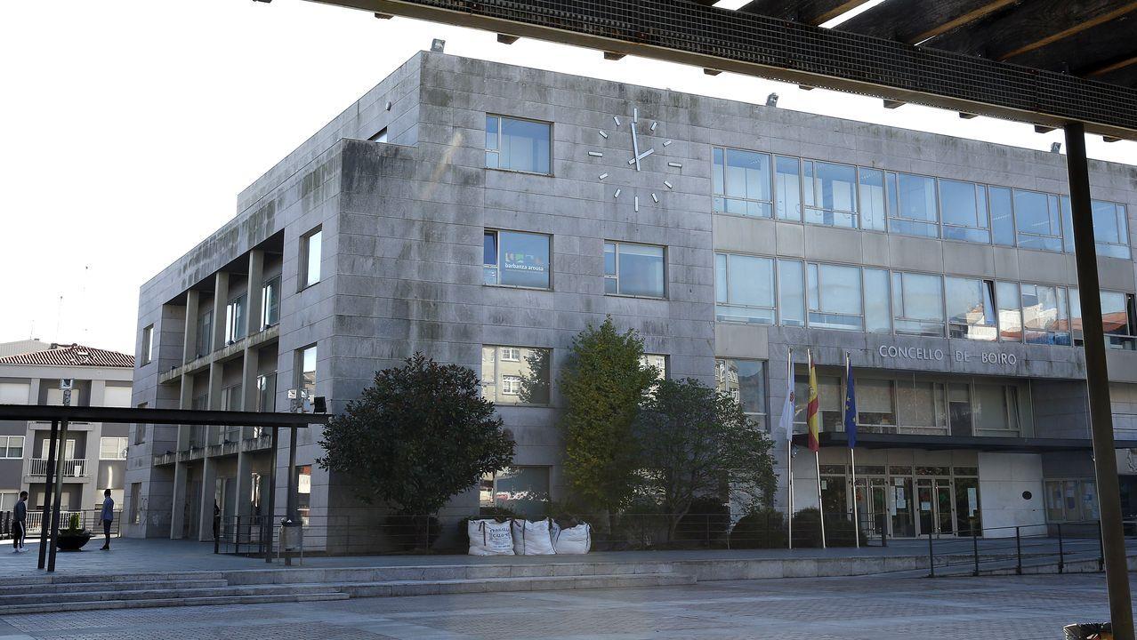 Arranca el cribado en el recinto ferial de Amio para identificar casos no diagnosticados de covid-19 en Santiago.El edificio del Centro de Apoio Científico e Tecnolóxico de la USC (Cactus), en el campus sur, cerrado por coronavirus