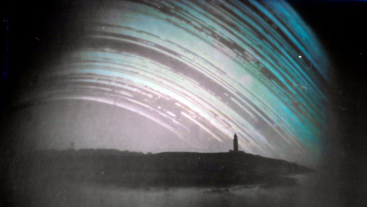 solarigrafía.La solarigrafía de la torre de Hércules fue tomada por el astrofotógrafo Ángel Rodríguez Arós entre los meses de enero y junio del 2019
