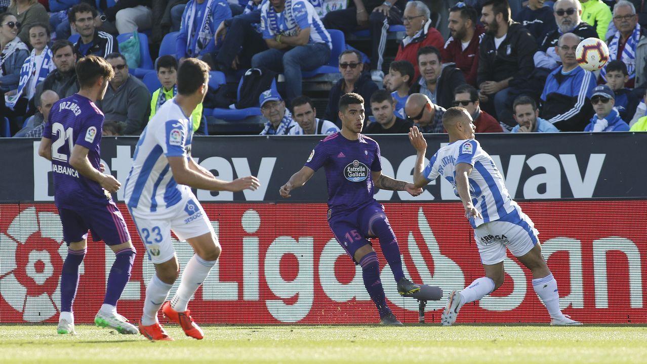 Stuani celebra un tanto en un F.C.Barcelona-Girona