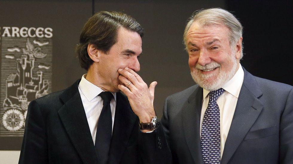 Correa, Crespo y «el Bigotes», esposados en la reanudación del juicio por el caso Gürtel.Francisco Álvarez-Cascos y Rodrigo Rato