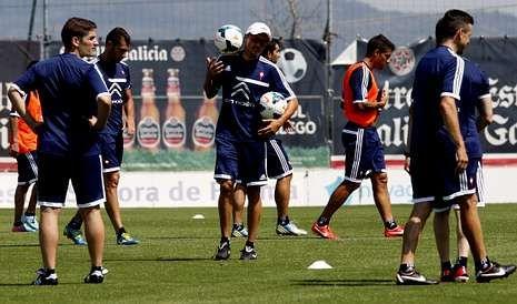Luis Enrique se ha mostrado muy activo durante los entrenamientos que el Celta ha realizado en A Madroa.