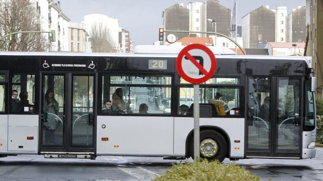 pasajero, autobús, bus, Asturias.El Sterling, única representación gráfica del autobús