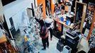 Desvalijan una tienda de informática en Pontecesures
