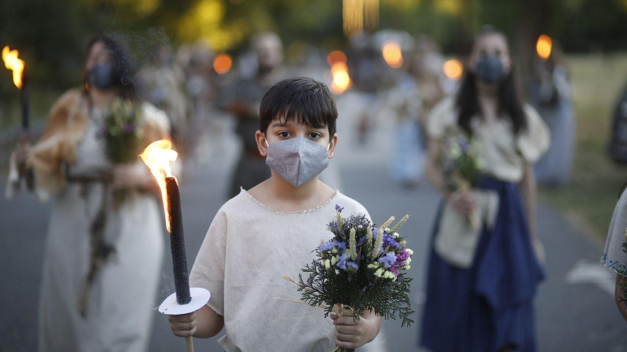 Un sábado de Arde Lucus marcado pola pandemia.Adiós al Arde Lucus de transición