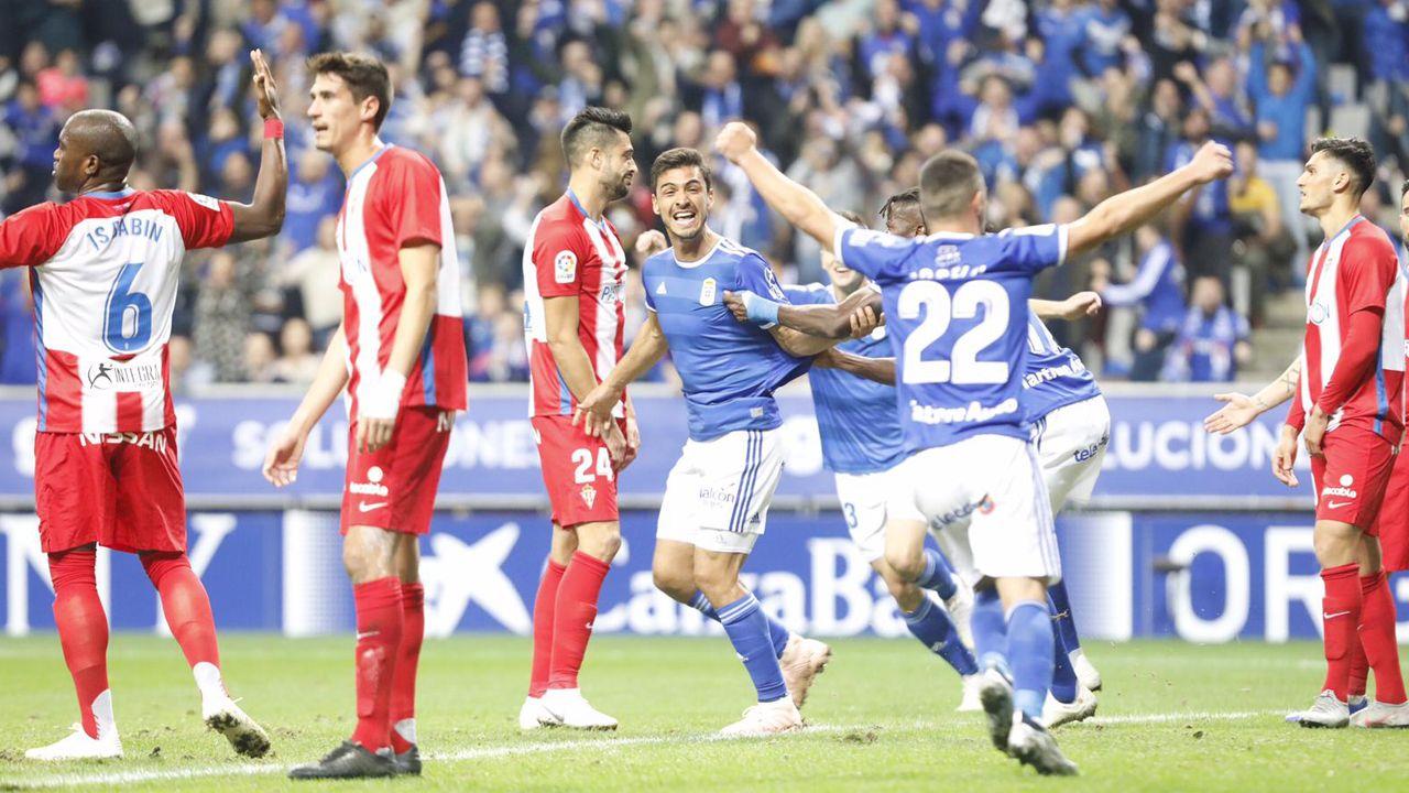 Omar Ramos Real Oviedo Almeria Carlos Tartiere.Derbi en el Tartiere entre el Oviedo y el Sporting, año 2018