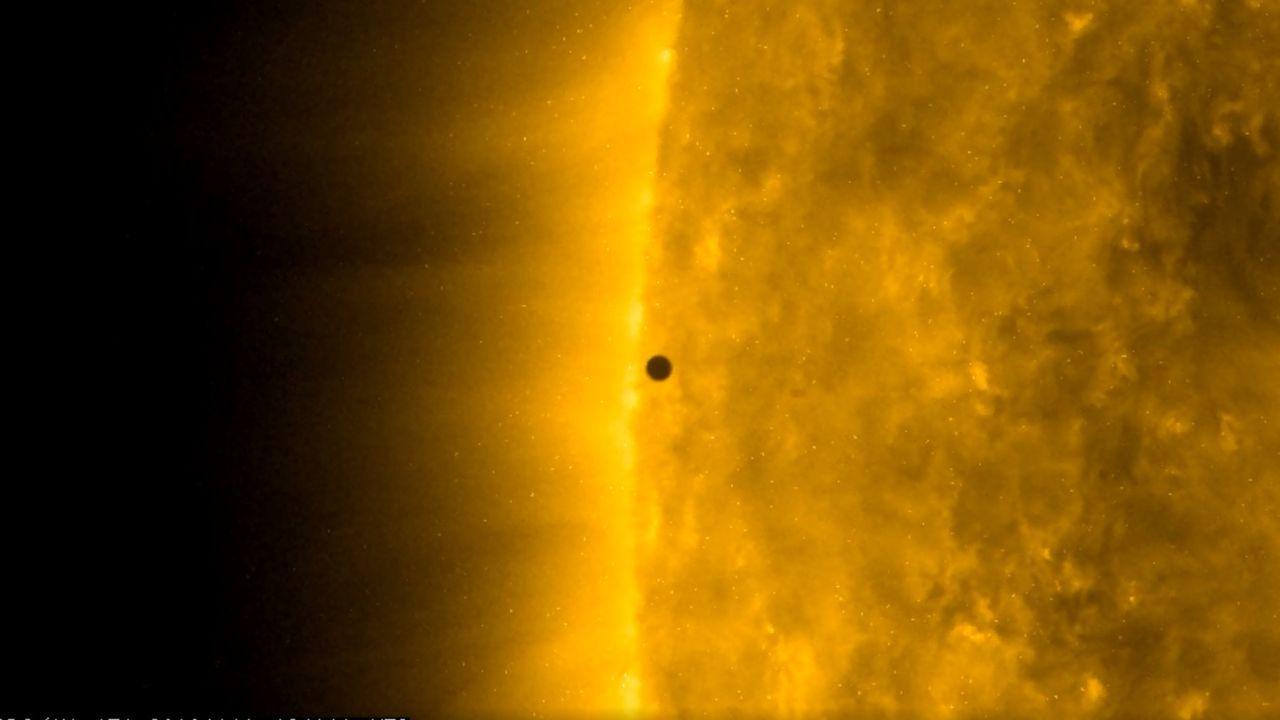 Tránsito de Mercurio por el disco solar observado por la NASA
