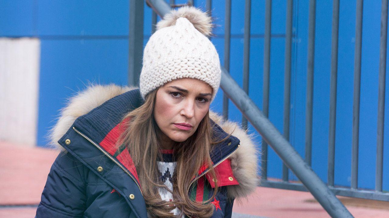Paula Echevarría en la salida del colegio de su hija tras coincidir con David Bustamante