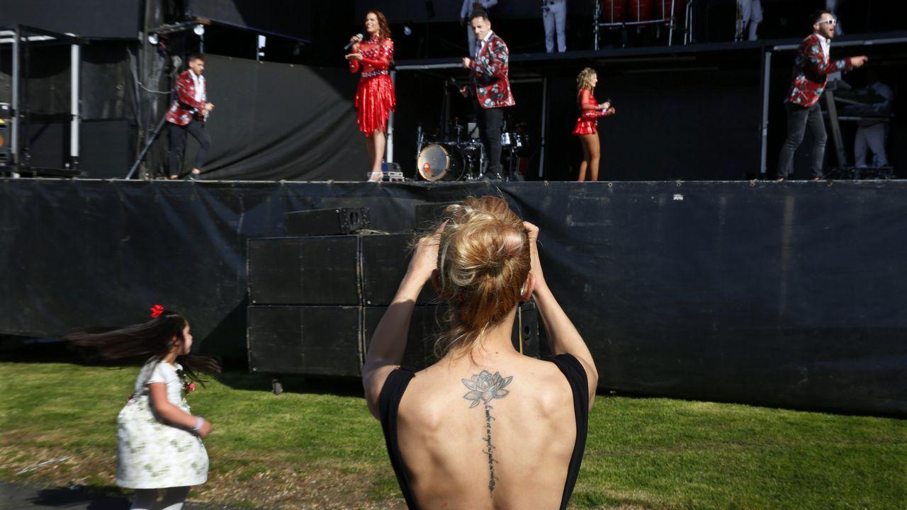 La gala solidaria de Curro en imágenes.Dave Grohl, vocalista del Foo Fighters, durante show en Alemania