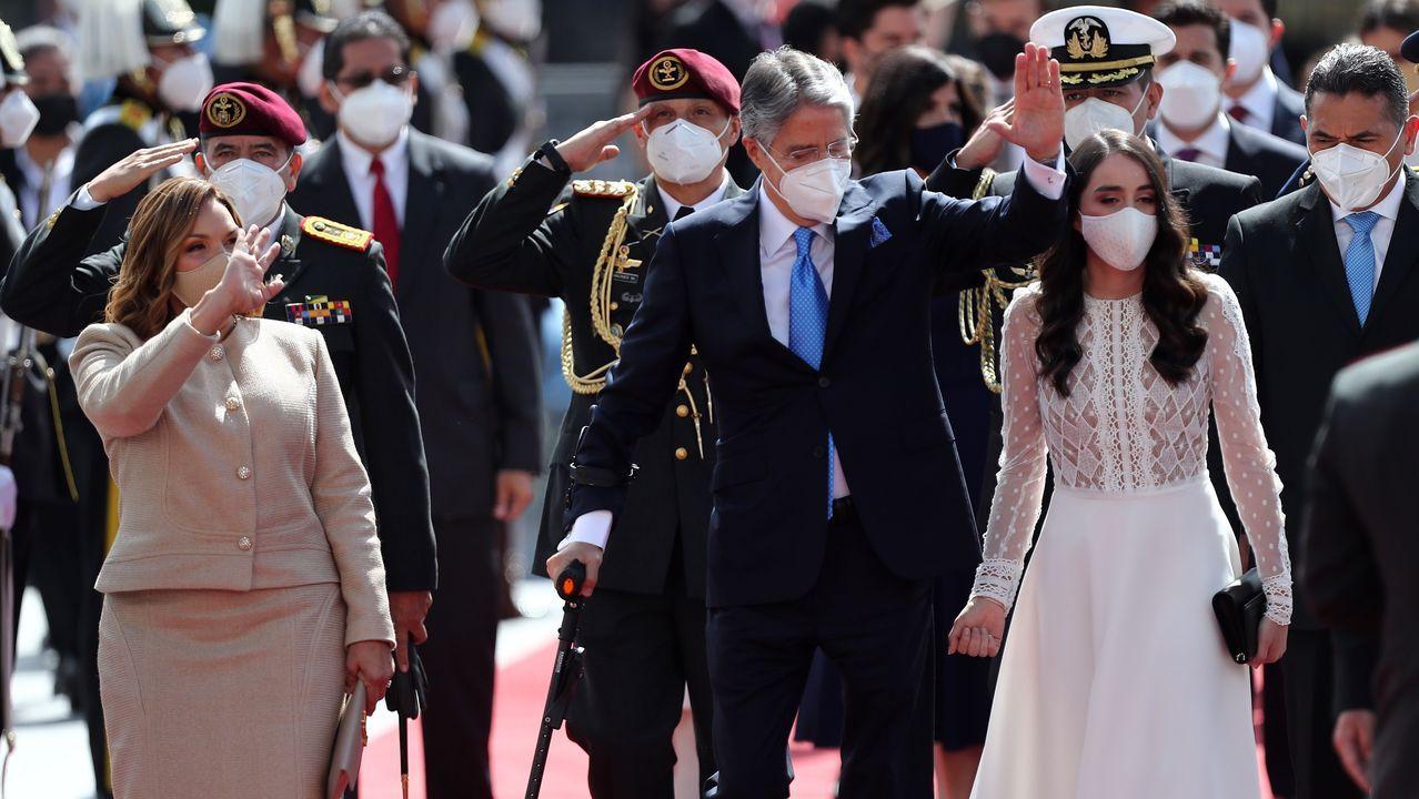 Lasso llegó acompañado de su esposa, María de Lourdes Alcívar, y una de sus hijas.