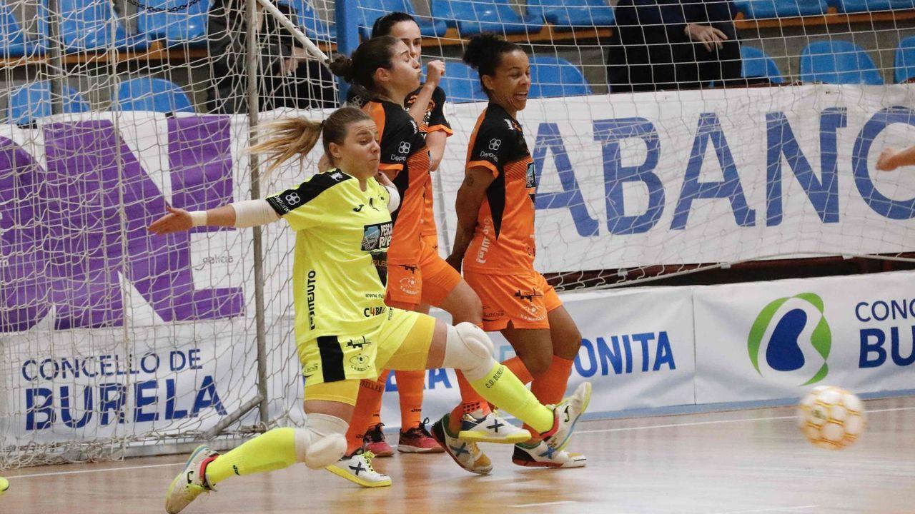 Imagen del Ourense Envialia en un partido en Os Remedios, esta temporada