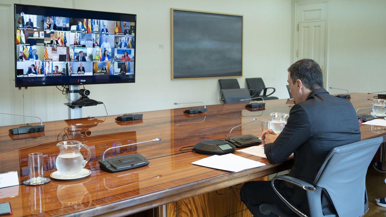 Reunion virtual del presidente del Gobierno central y los presidentes autonómicos durante el estado de alarma