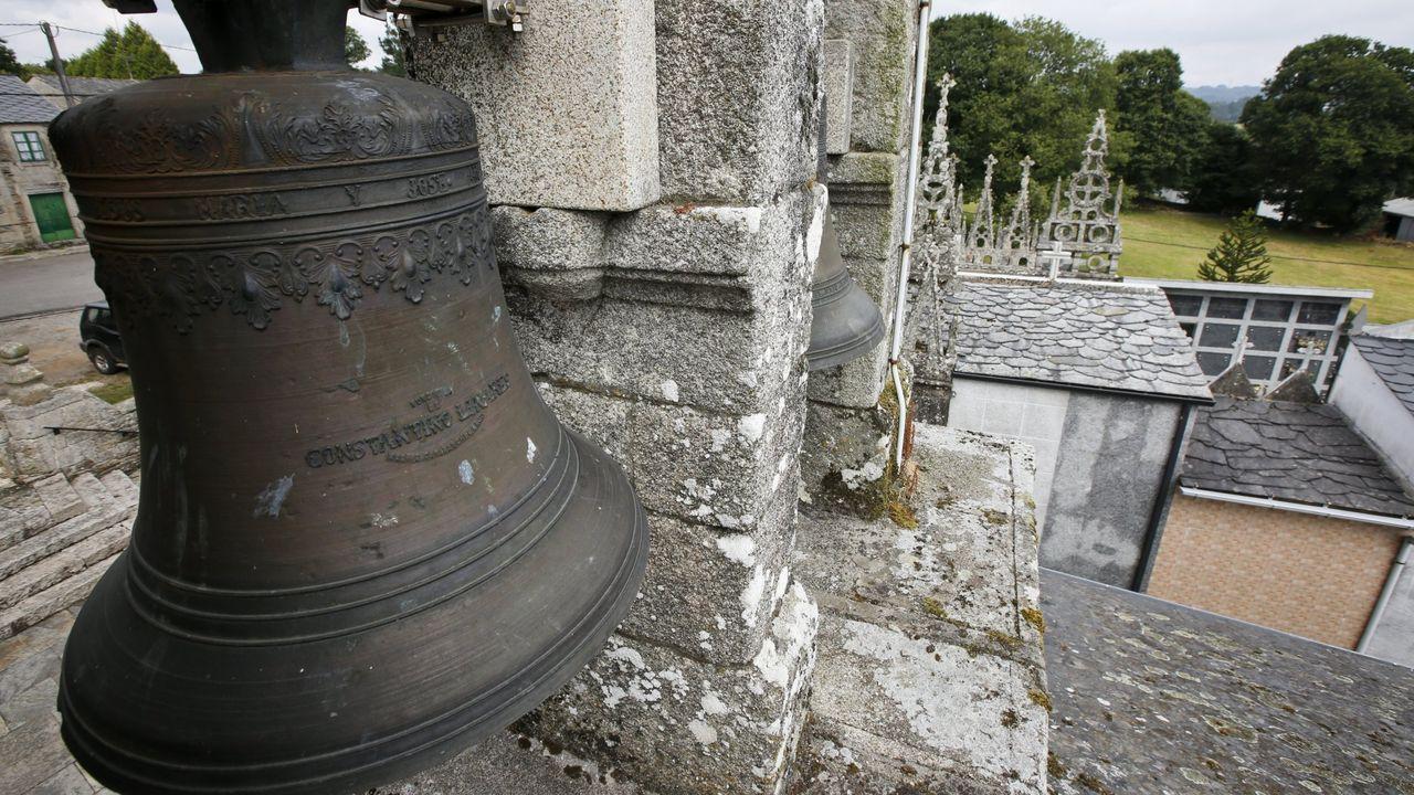 «Entre el toque de queda y el toque de las campanas a muerto, sin duda me quedo con el primero»