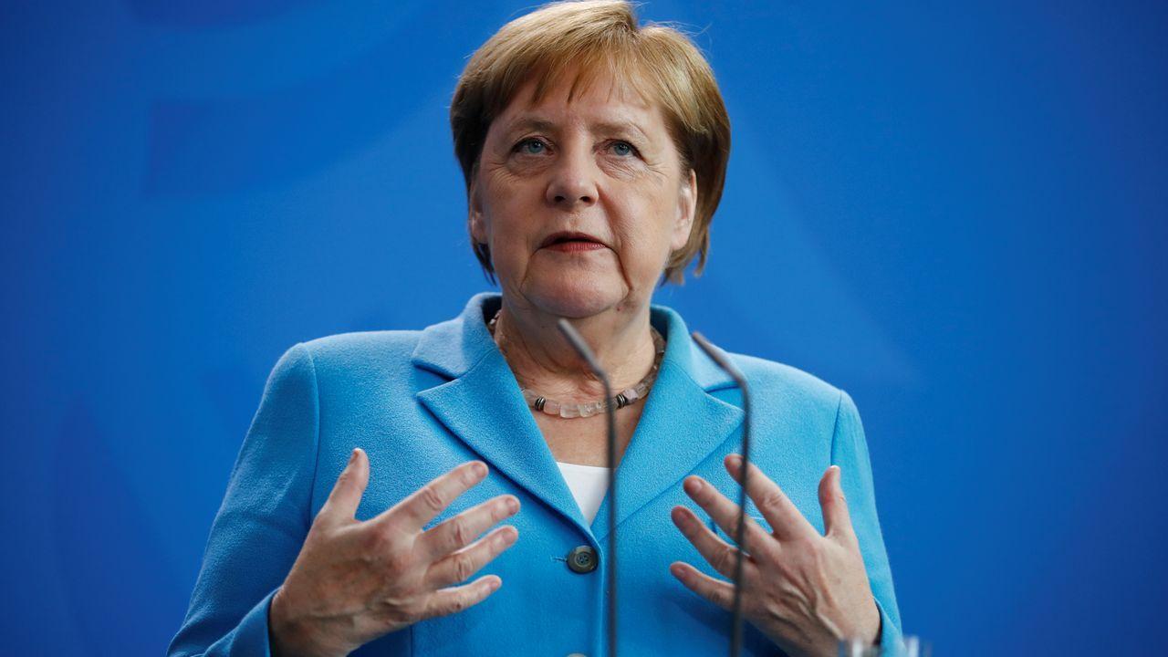 La canciller alemana durante la rueda de prensa en la que respondió a las preguntas sobre su salud