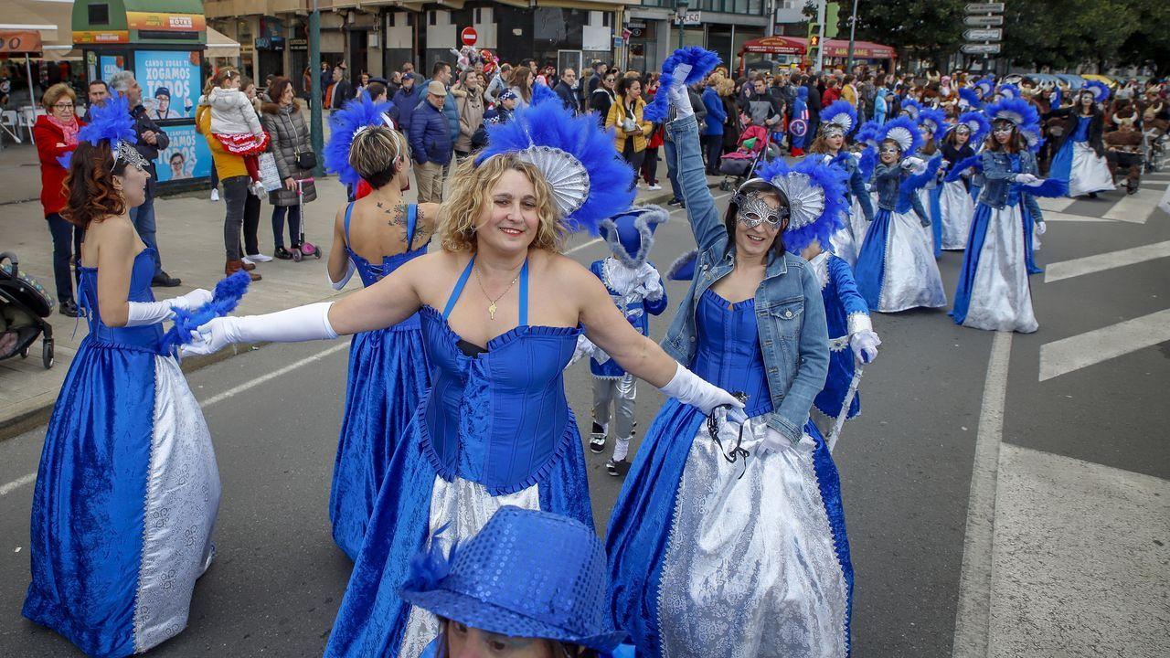 ¡Búscate en las fotos del martes de carnaval en Barbanza!