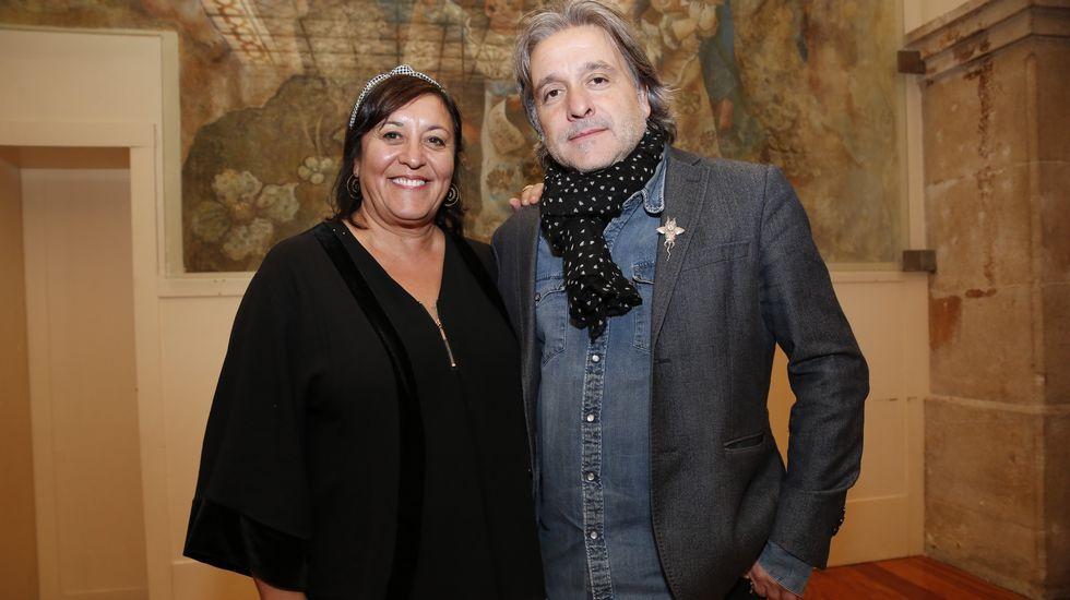 TRIÁNGULO DE AMOR BIZARRO Y XOEL LÓPEZ DURANTE LA GRABACIÓN DE «UN PAÍS PARA ESCUCHARLO»
