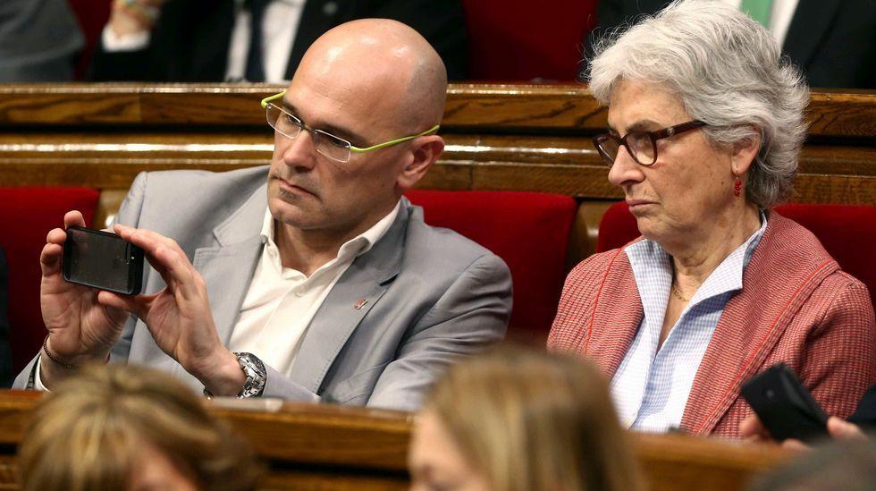 Raül Romeva, junto a Muriel Casals, de Junts pel Sí.