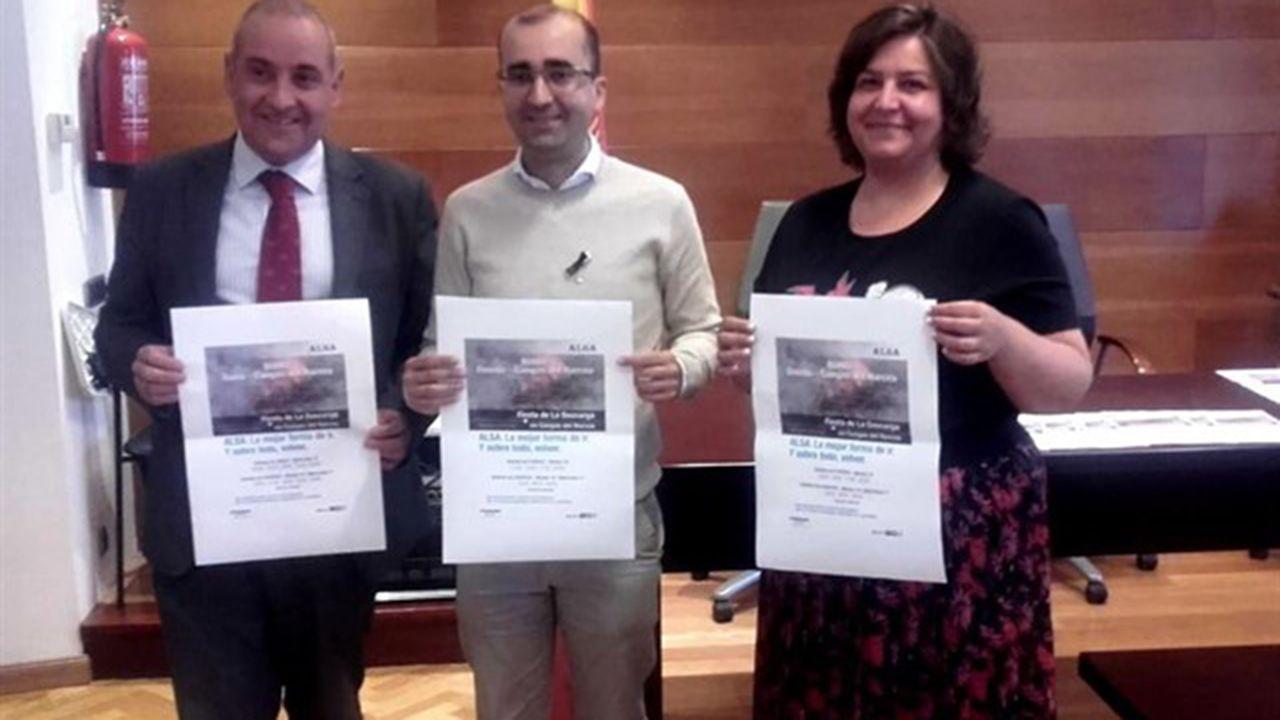 Aeropuerto de Asturias.Presentación transporte especial Cangas del Narcea