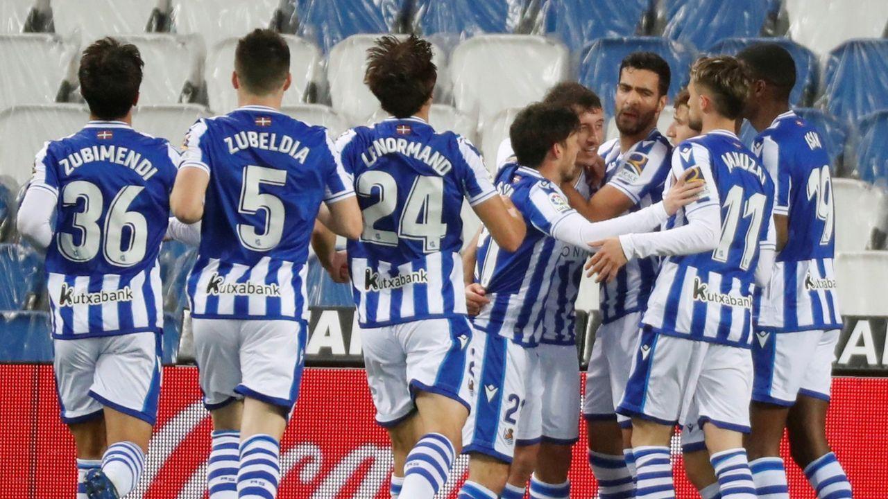 Hinchas del Athletic causan incidentes en Bilbao en la previa de la final de la Copa del Rey.César Martín y Francesc Arnau, en El Requexón viendo un partido del Vetusta