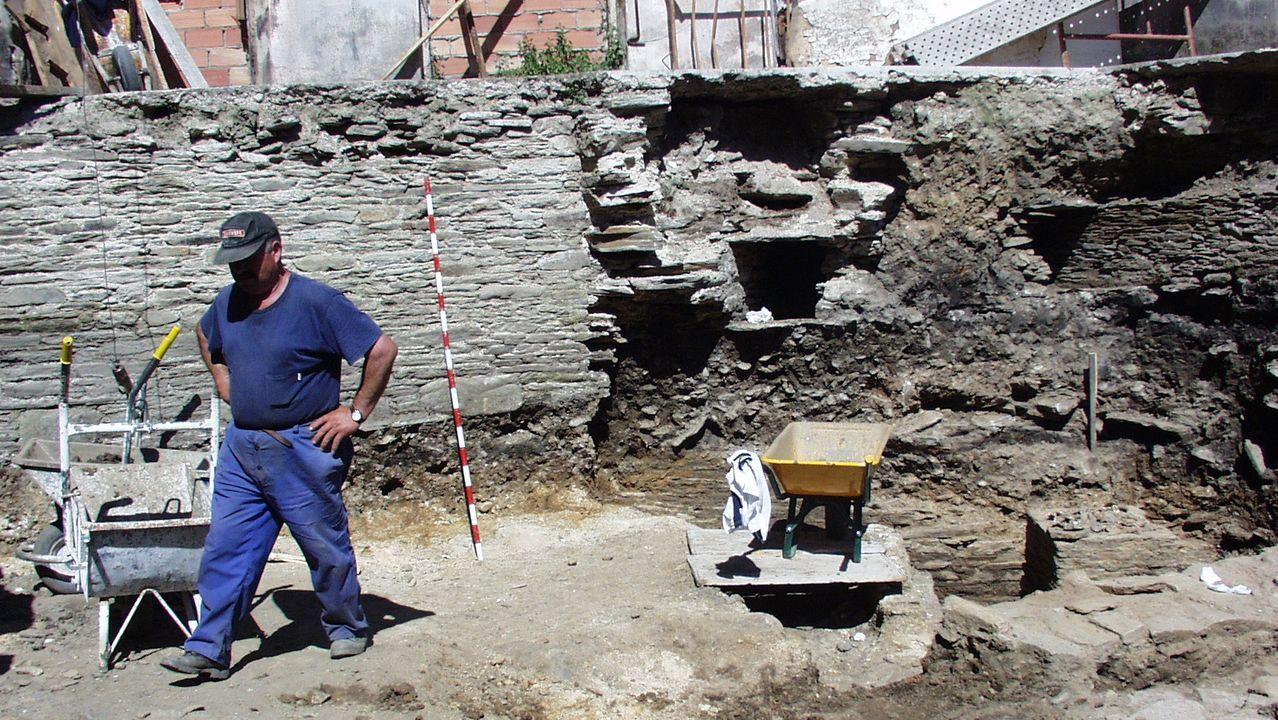 Excavacion arqueologica en el solar del Vicerreitorado de Lugo en el año 2000