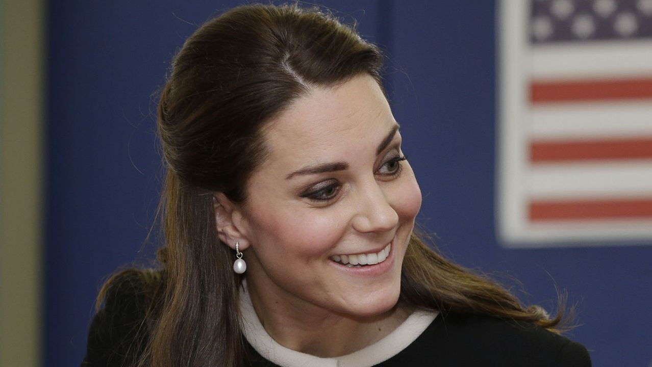 Kate Middleton vuelve a confiar en Zara.Rebajas