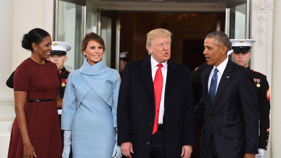 Donald Trump honra al soldado desconocido horas antes de proclamarse nuevo presidente de EE. UU.