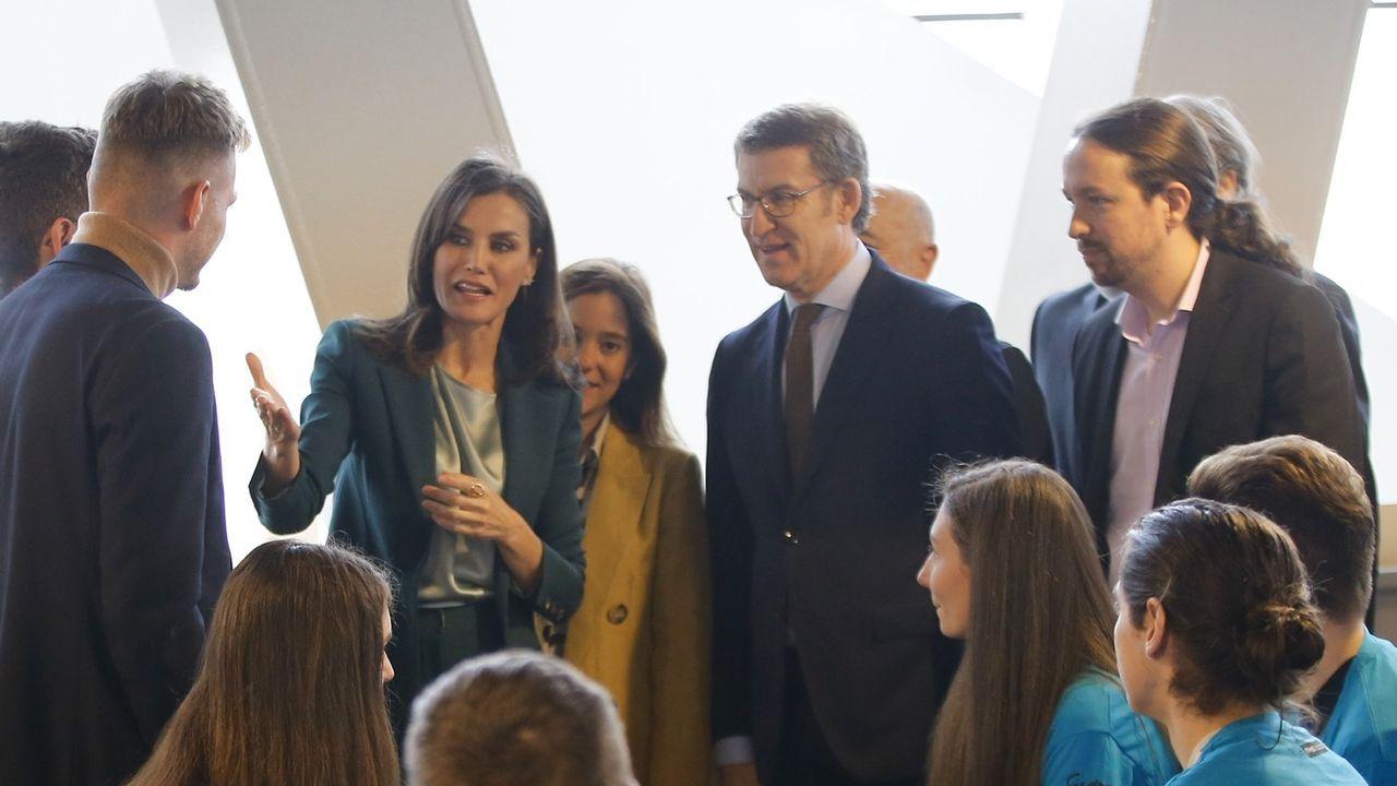 La reina Letizia, Pablo Iglesias y Feijoo acuden al Ágora para la entrega de los Premios Fundación Princesa de Girona.Carles Puigdemont, durante su intervención en un acto en Perpiñán