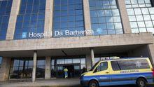 El brote en el servicio de limpieza del hospital afecta a tres trabajadores