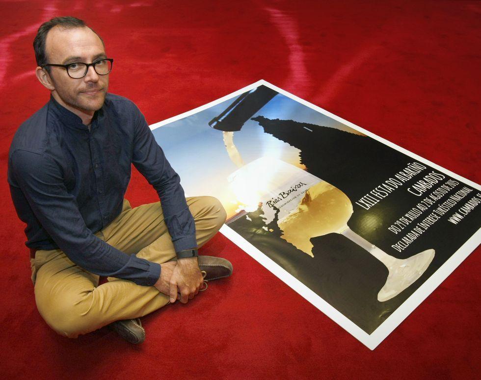 Mario Vaquerizo, a lomos de una yegua en casa de Bertín Osborne.Marcos Escudeiro es, finalmente, el ganador del concurso de carteles del Albariño.