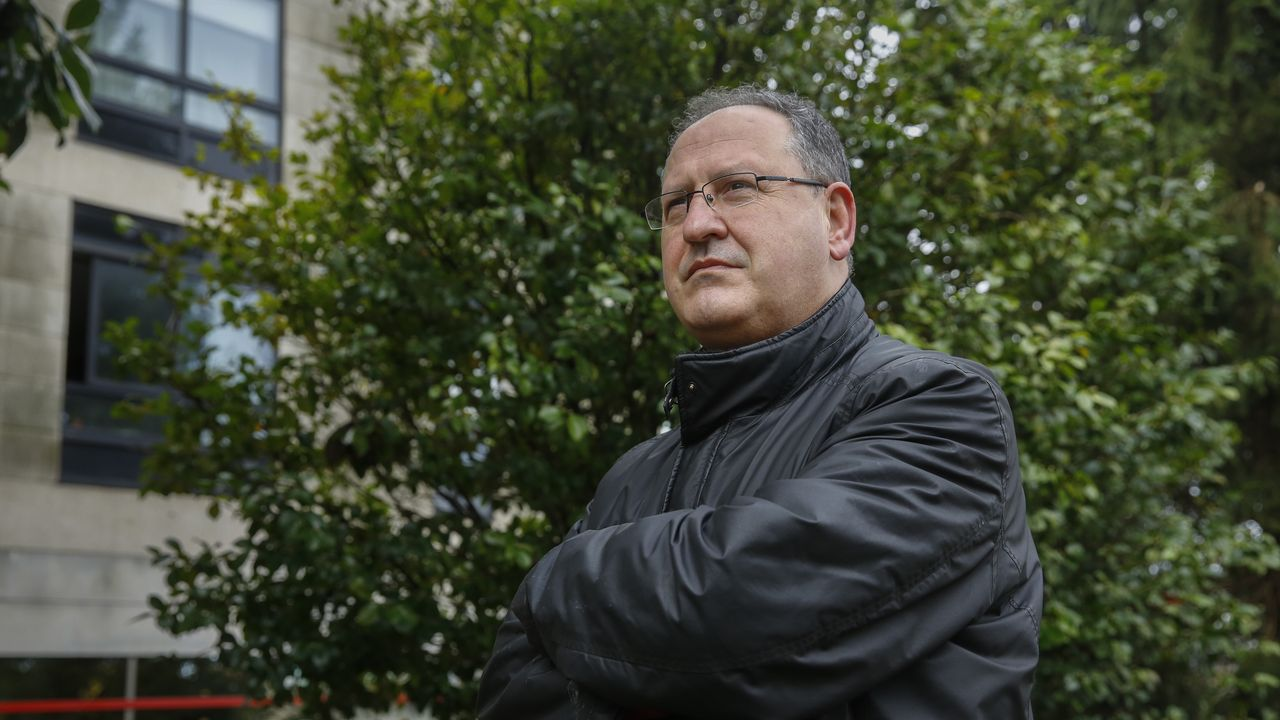 Jesús Villanueva, veterninario interino de la Xunta desde el año 2004
