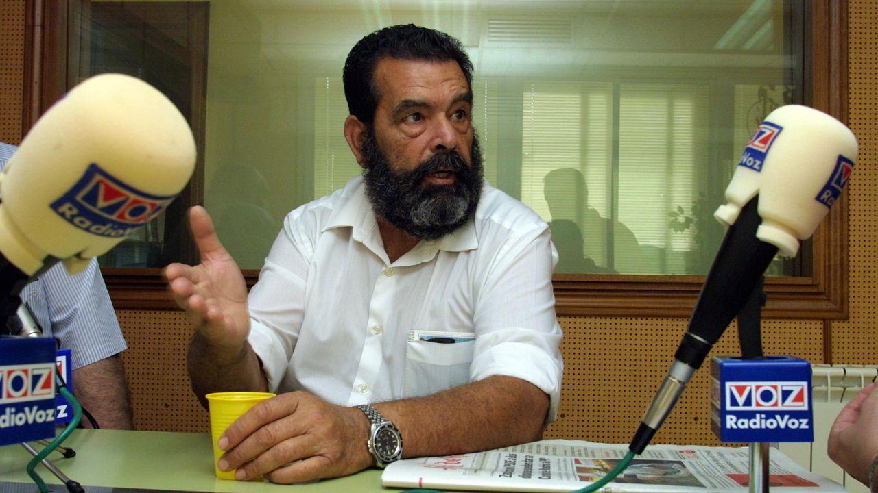 Fuerte resaca en la playa del Orzán.Miguel San Claudio Veloso, durante una charla en Radio Voz en el 2003