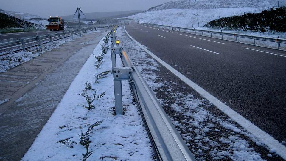 Nieve en la A-8 en A Pastoriza.