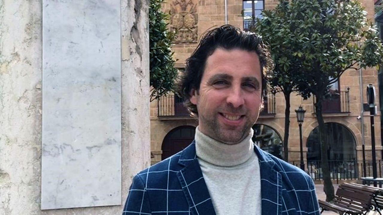 Rincones de Oviedo.Roberto Fernández Llera