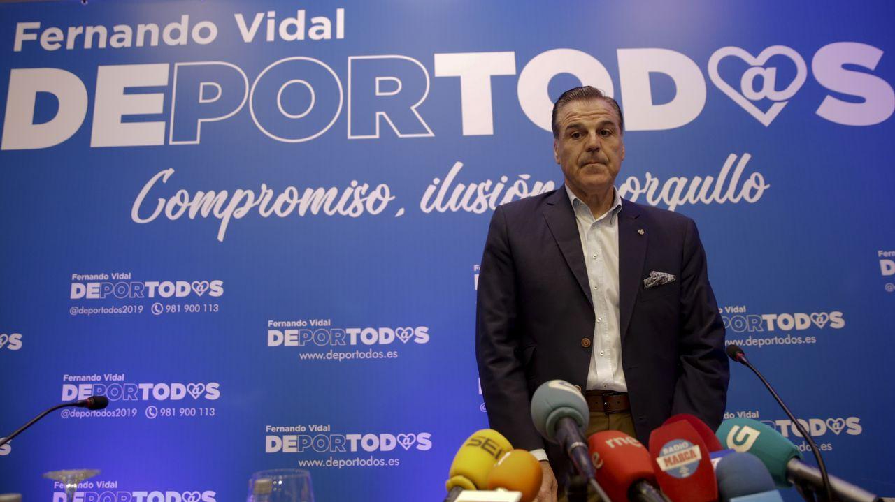 «Me siento obligado a presentarme porque observo que no hay otras alternativas que lleguen al aficionado».Paco Zas vivió en el palco de Son Moix su primer gran revés como presidente del Deportivo.