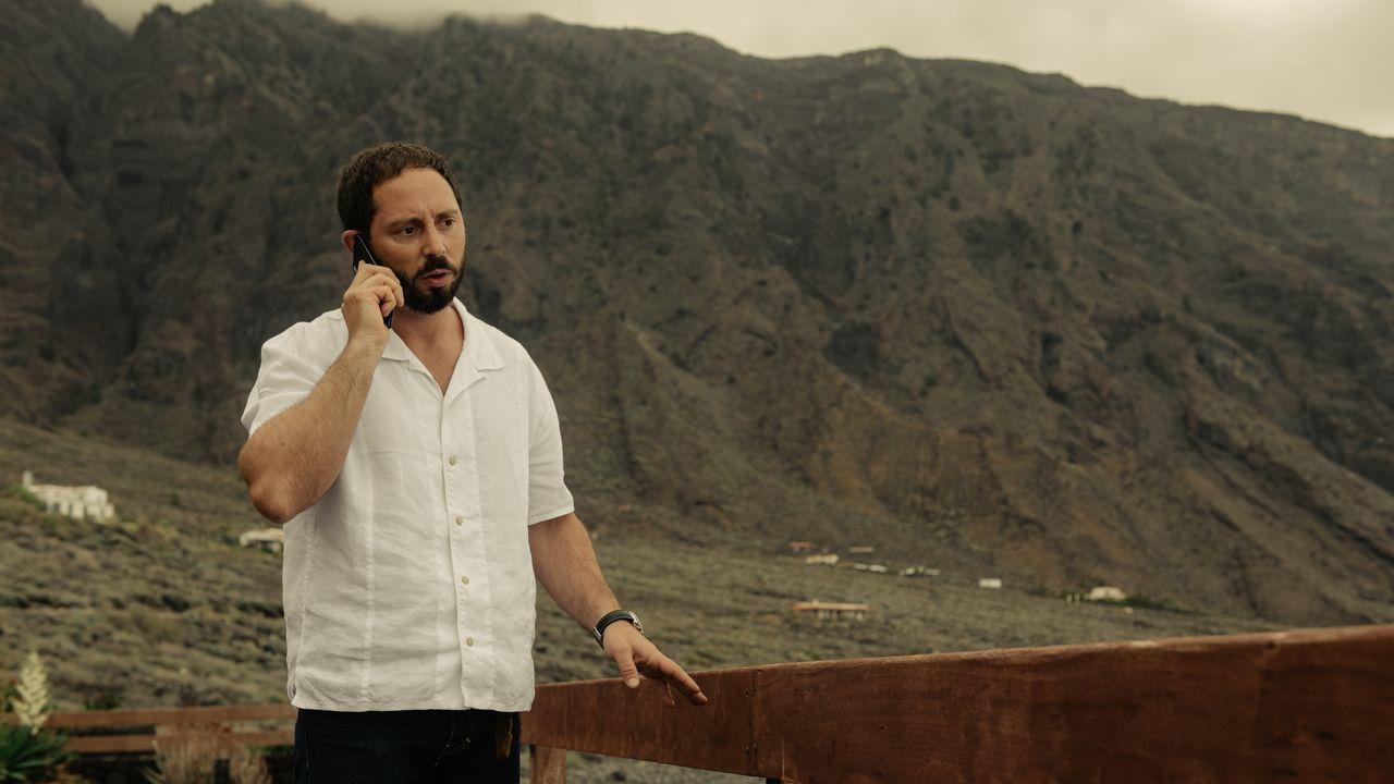 Matías Varela es Gaspar Cabrera en la segunda temporada de «Hierro», de los hermanos gallegos Pepe y Jorge Coira y que se puede ver en la plataforma de Movistar