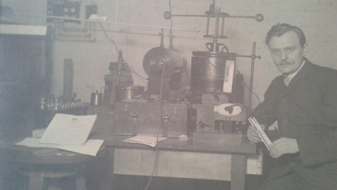 Fotografía del ingeniero eléctrico alemán de origen holandés Karl Grootonk