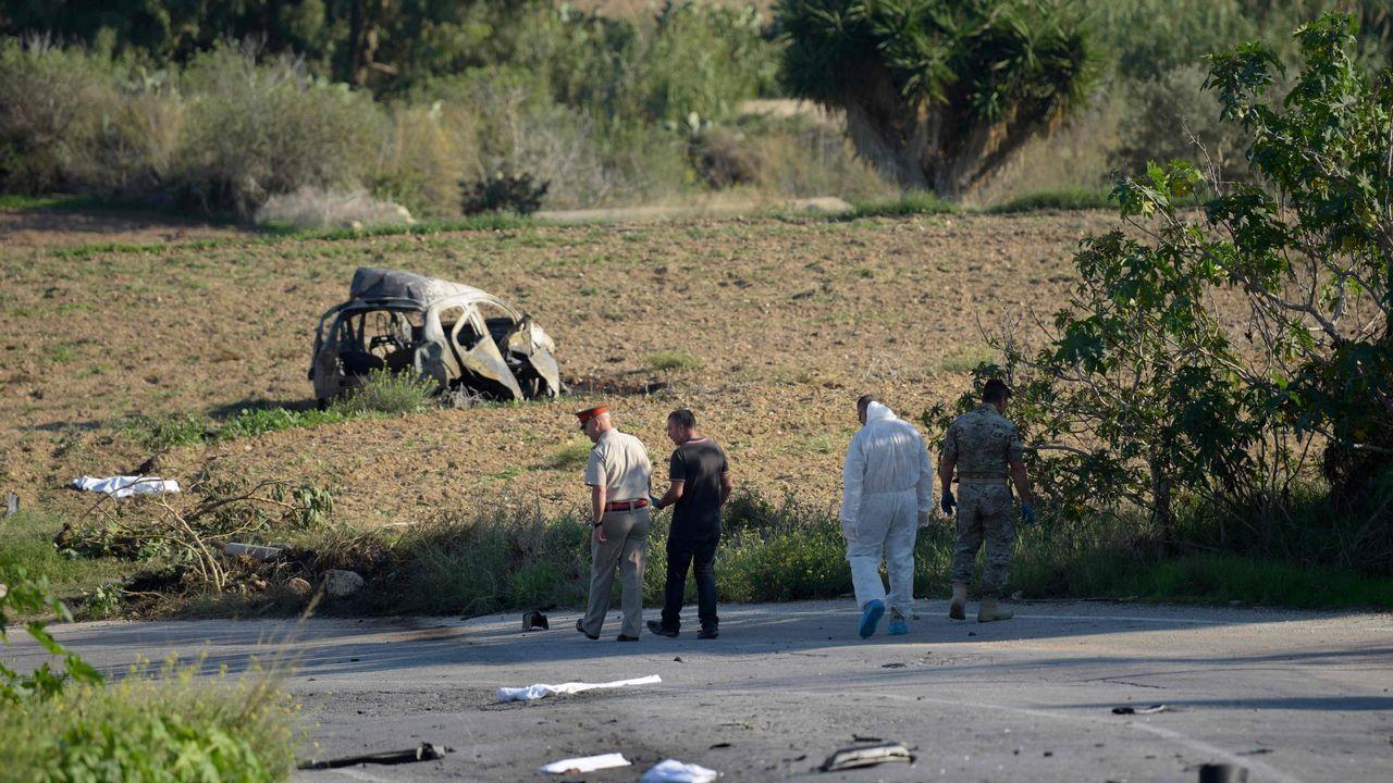 El coche de la periodista explotó cerca de su hogar en Bidnija, Malta.