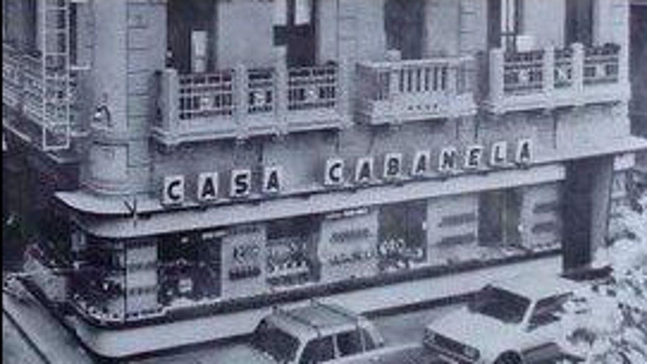 basedos.Imagen del edificio de Labase antes de su remodelación en 1900