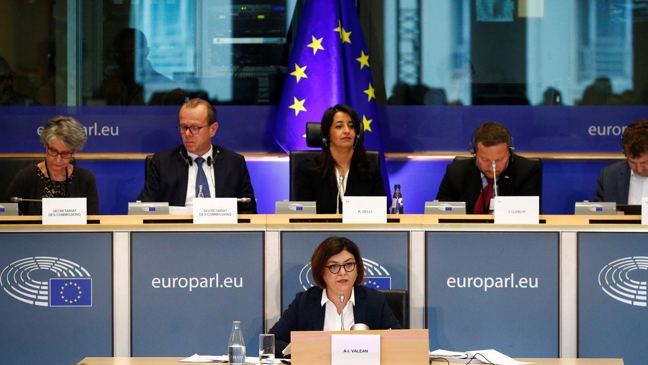 Homenaje en el pozo Funeres (Laviana).La futura comisaria de Transportes, Andrea Valean, promete defenderi « los intereses de España» en el aeropuerto de Gibraltar